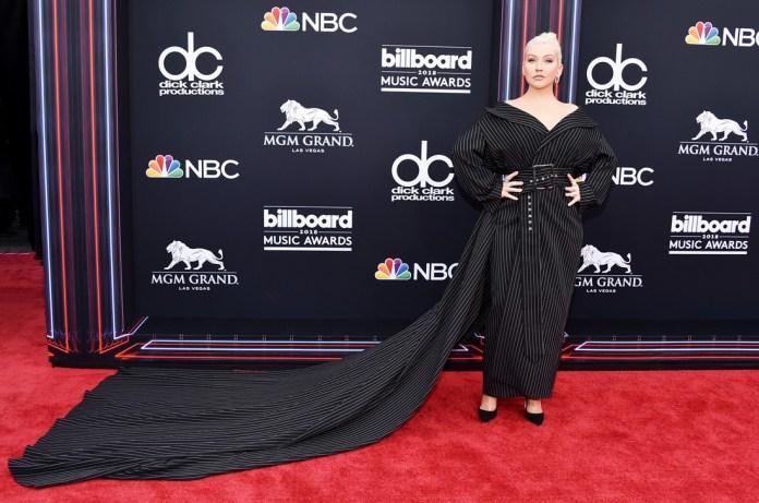 Christina Aguilera - Σελίδα 3 E70d0310