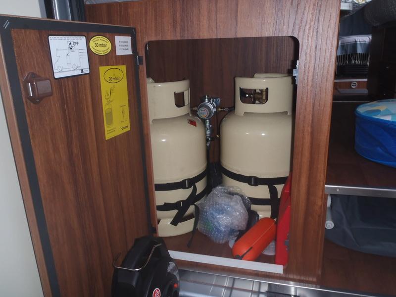 Coffre a gaz Malibu 600 DB Coffre11