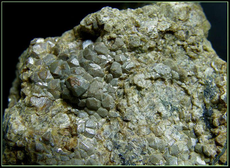 Clasificacion de Granates,fotos y yacimientos. Andrad10