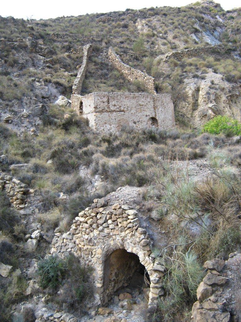 MINAS DE LOS FIGUERAS - CUEVA DEL PAJARO - CARBONERAS (Almería) Fig00510