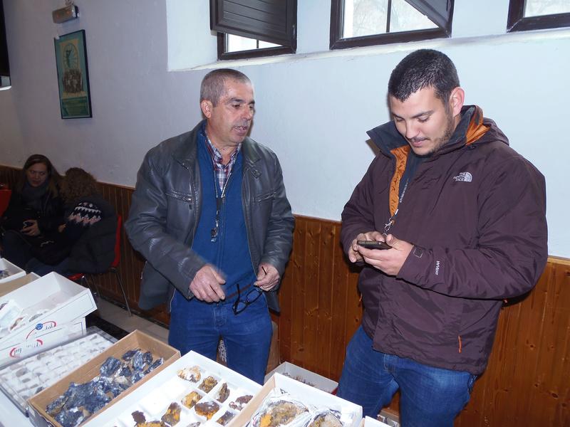 XXIV Mesa de minerales Monteluz. 9 de diciembre de 2017. El Padul (Granada) - Página 2 Pc101018