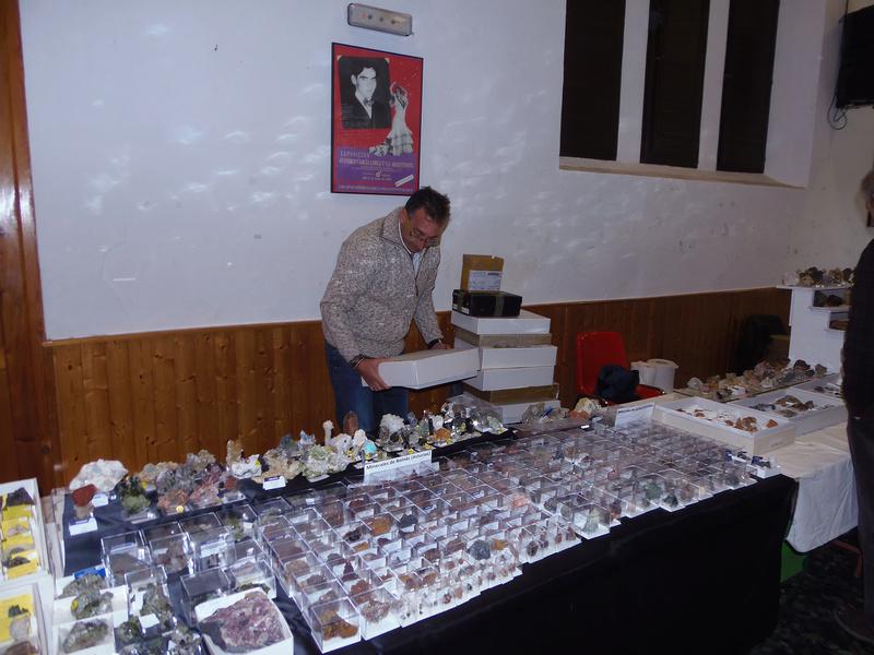 XXIV Mesa de minerales Monteluz. 9 de diciembre de 2017. El Padul (Granada) - Página 2 Pc101029