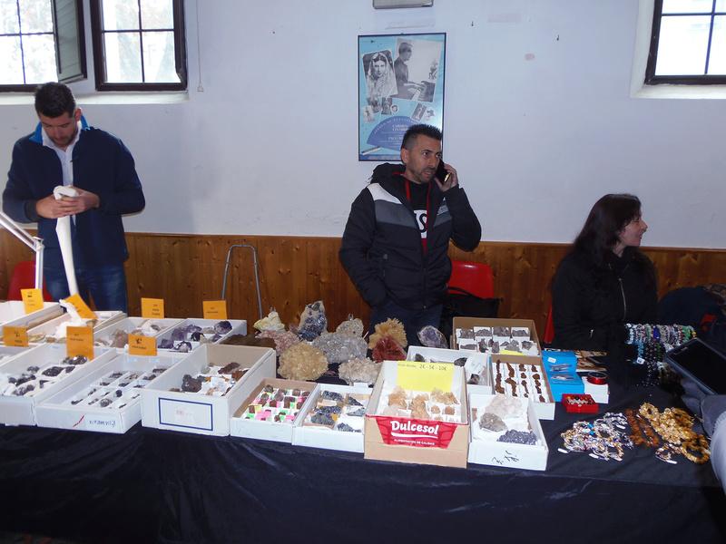XXIV Mesa de minerales Monteluz. 9 de diciembre de 2017. El Padul (Granada) - Página 2 Pc101033