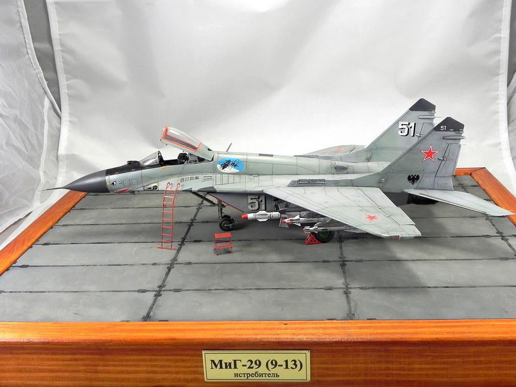 МиГ-29 (9-13) 1:48 Eduard 10111