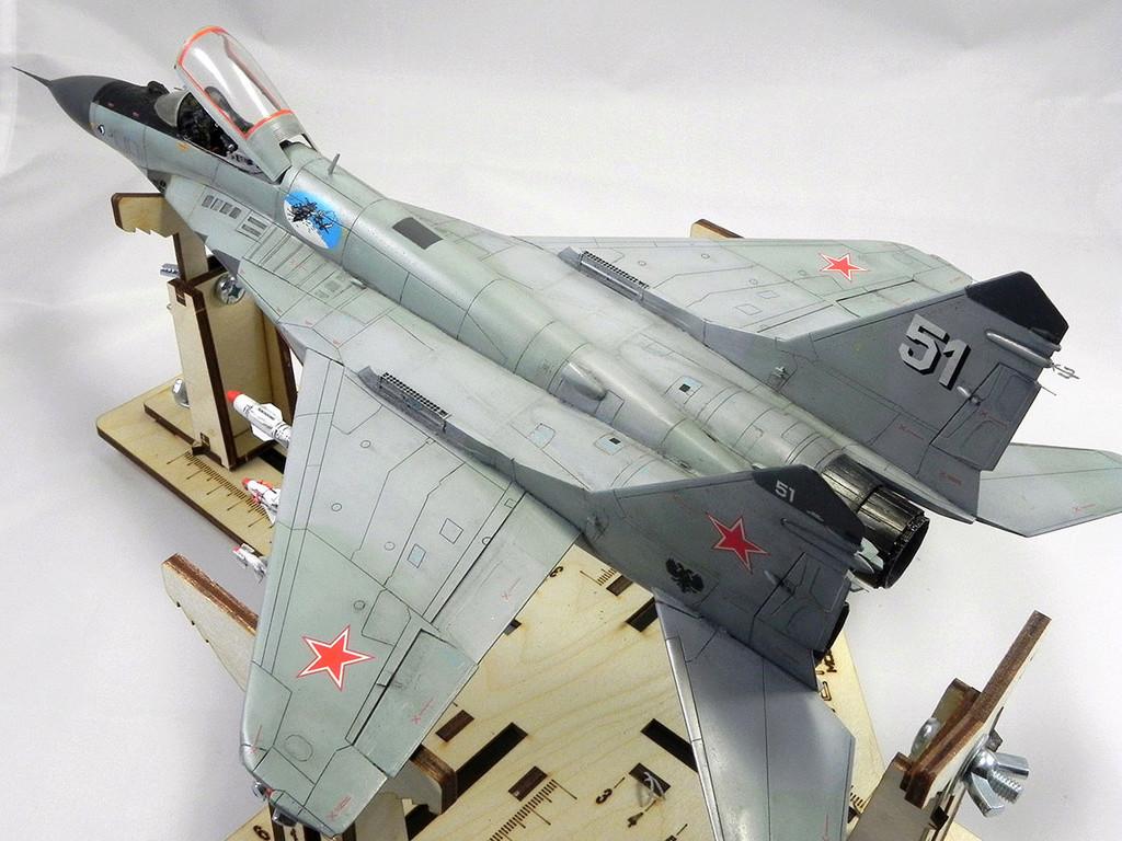 МиГ-29 (9-13) 1:48 Eduard 10711