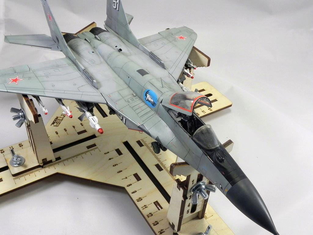 МиГ-29 (9-13) 1:48 Eduard 11011