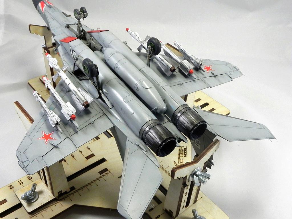 МиГ-29 (9-13) 1:48 Eduard 11411