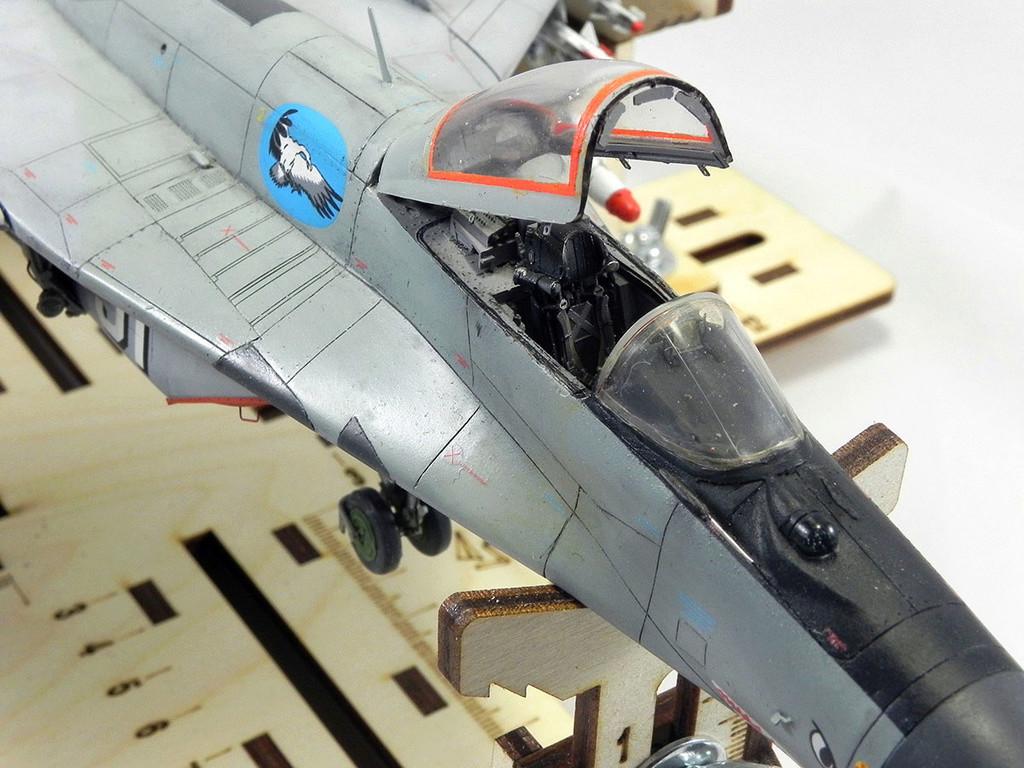 МиГ-29 (9-13) 1:48 Eduard 11511