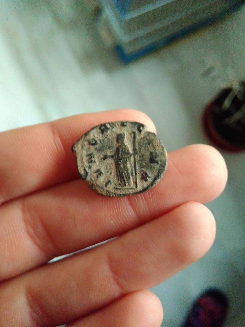 Antoniniano de Salonina. IVNO REGINA. Juno estante a izq.Roma. Img_2105