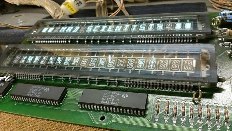 Réparation d'un afficheur alpha-numérique Gottlieb Sys80b (Gen1) 25790710