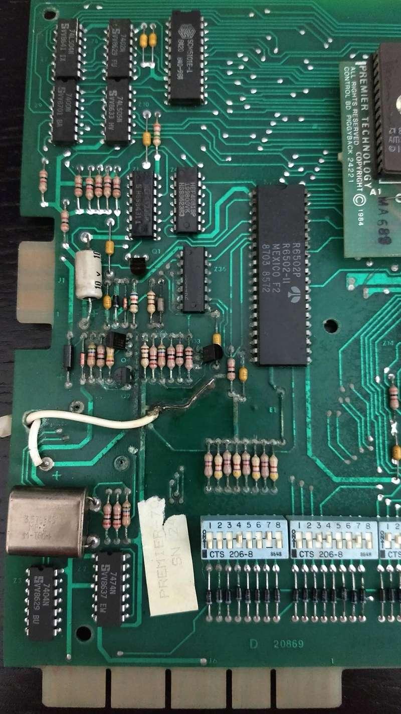 Une autre CPU 80b de substitut, pas de bol elle démarre plus ...  Img_2032