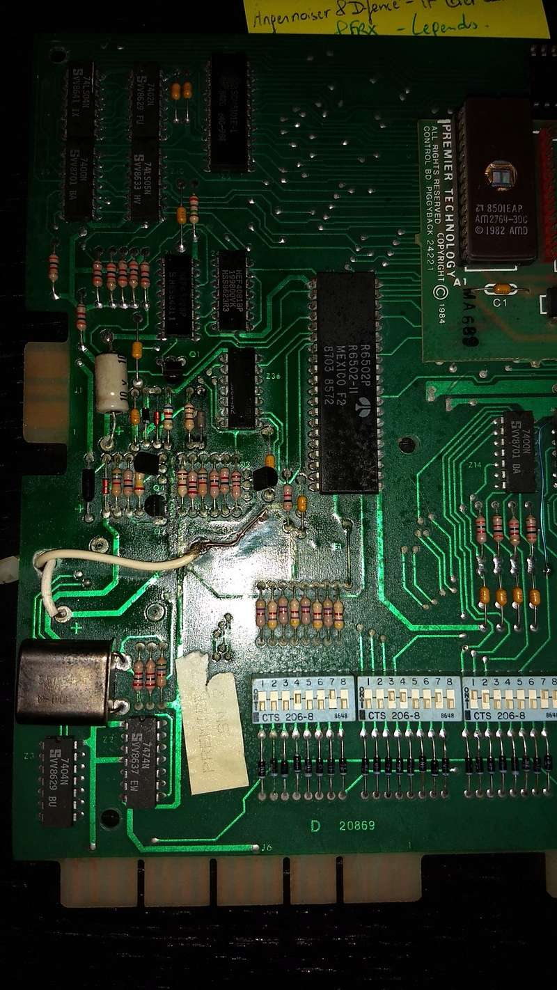 Une autre CPU 80b de substitut, pas de bol elle démarre plus ...  Img_2035