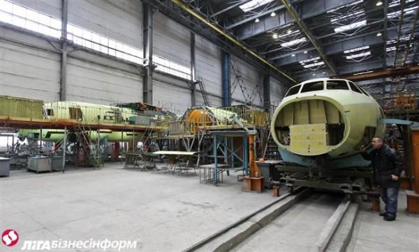تدشين أول نموذج لطائرة انتونوف 132 صناعة سعودية اوكرانية مشتركة - صفحة 2 1qq10