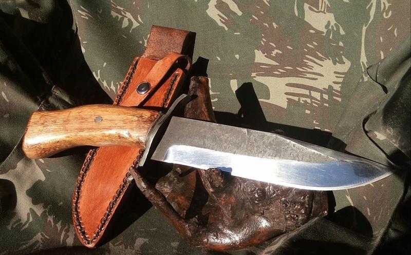 dos cuchillos que van saliendo 1810