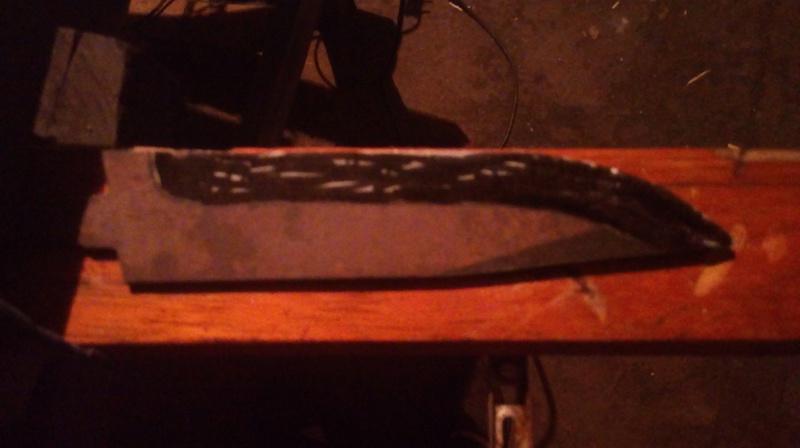 dos cuchillos que van saliendo 611
