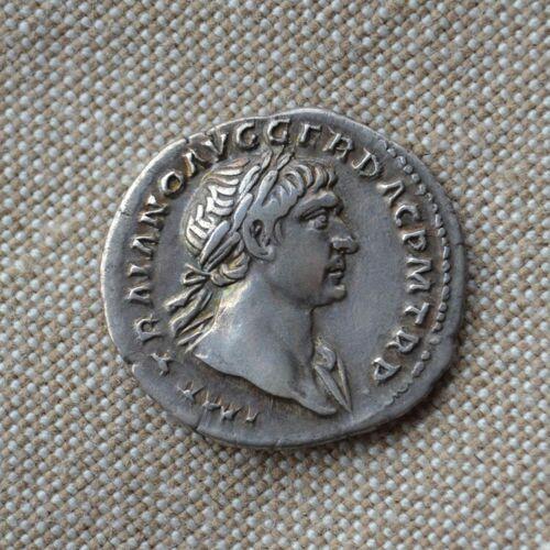 Denario de Trajano. COS V P P S P Q R OPTIMO PRINC. Aequitas estante a izq. Roma. Img-2010