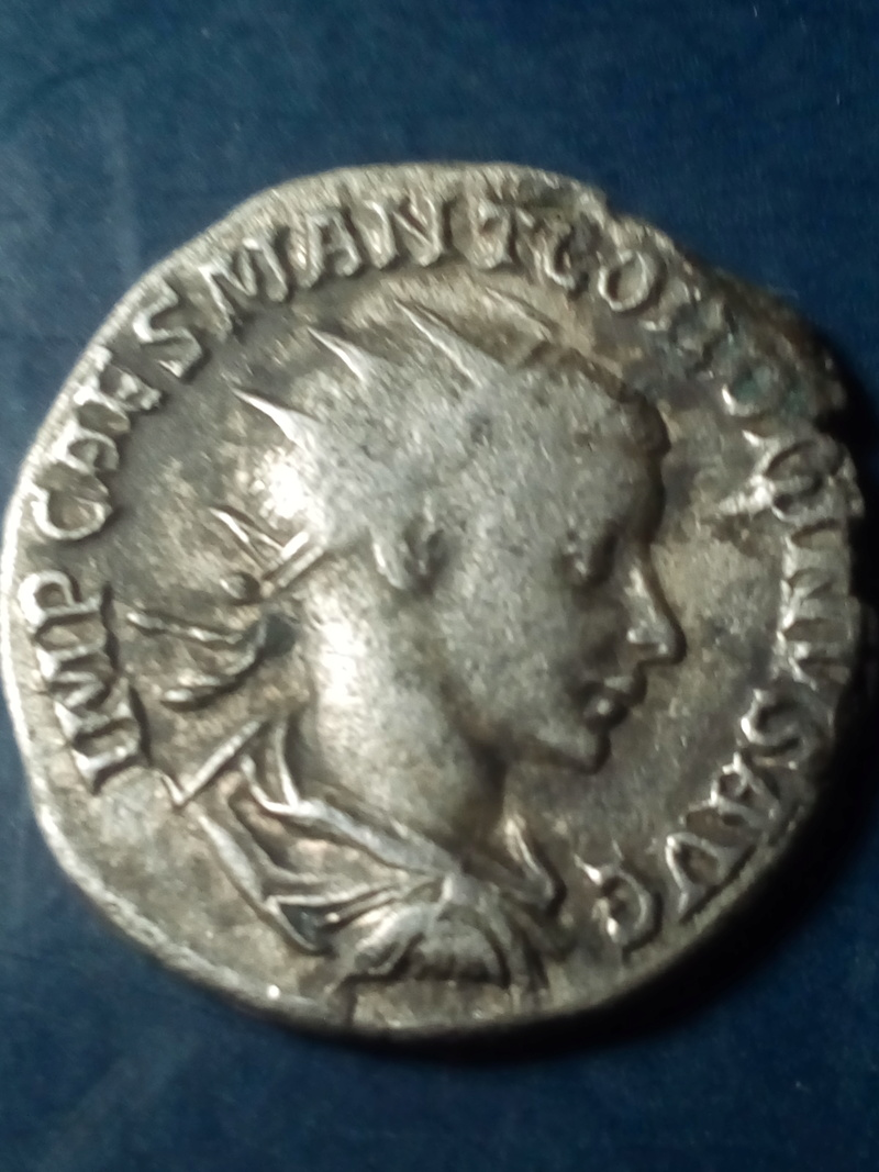 Antoniniano de Gordiano III. FIDES MILITVM. Antioquía Img_2038