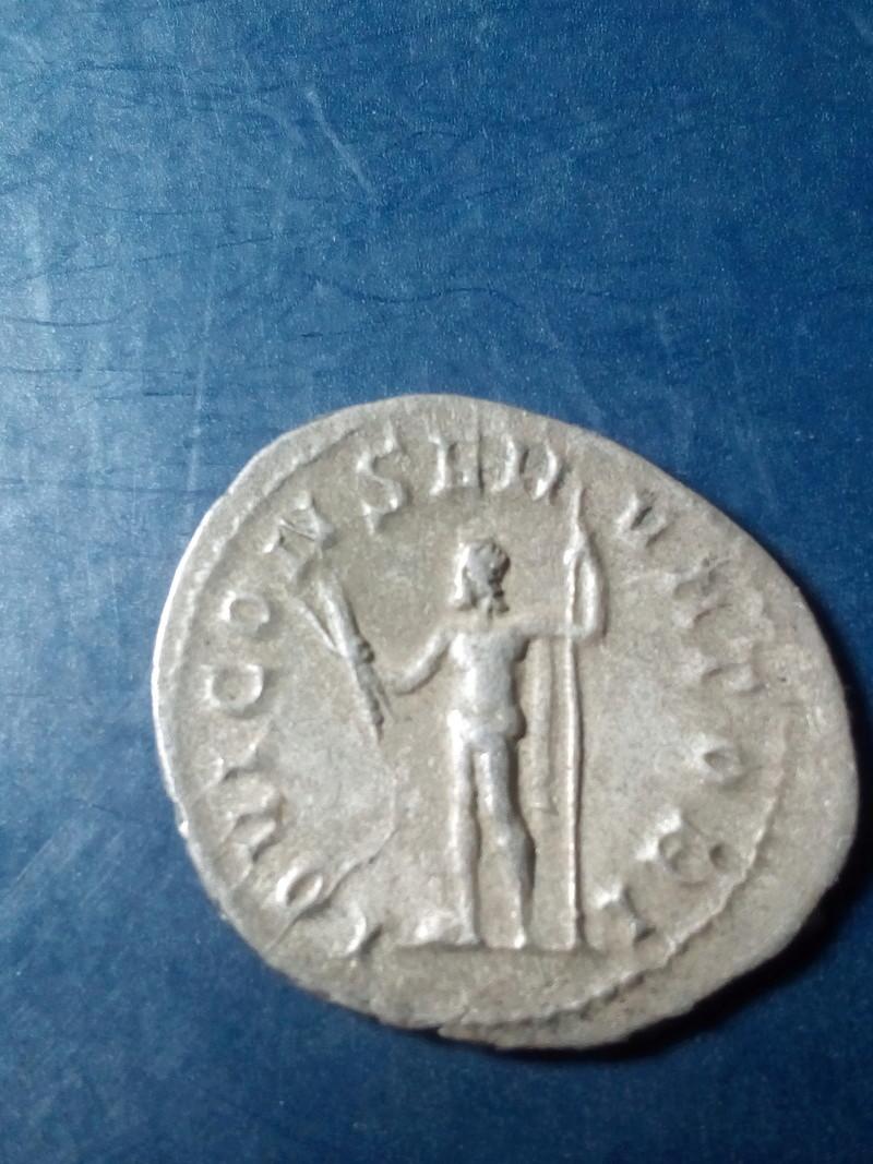 Antoniniano de Valeriano I. IOVI CONSERVATORI. Roma  Img_2043