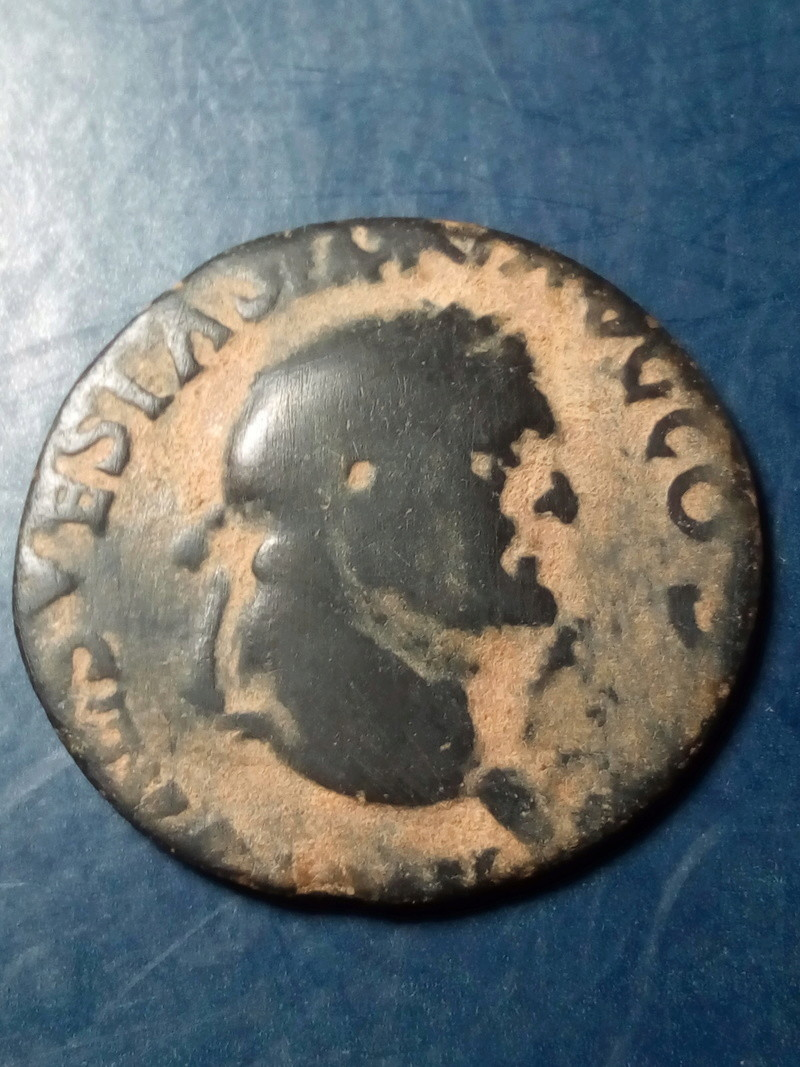 As de Vespasiano. Águila entre S C. Ceca de Lyon Img_2060