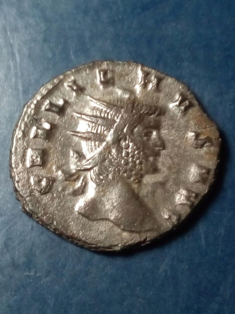 Antoniniano de Galieno. PAX AVG. Pax estante a izq. Roma. Img_2121