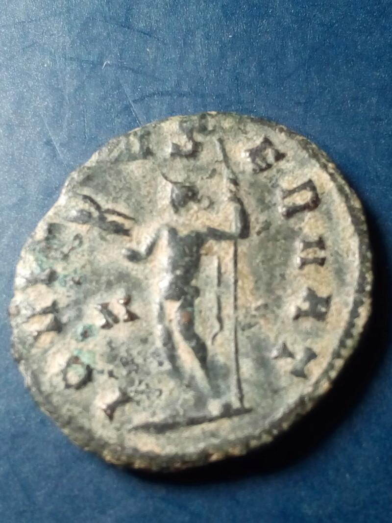 Antoniniano de Galieno. IOVI CONSERVAT. Júpiter estante a izq. Roma. Img_2154