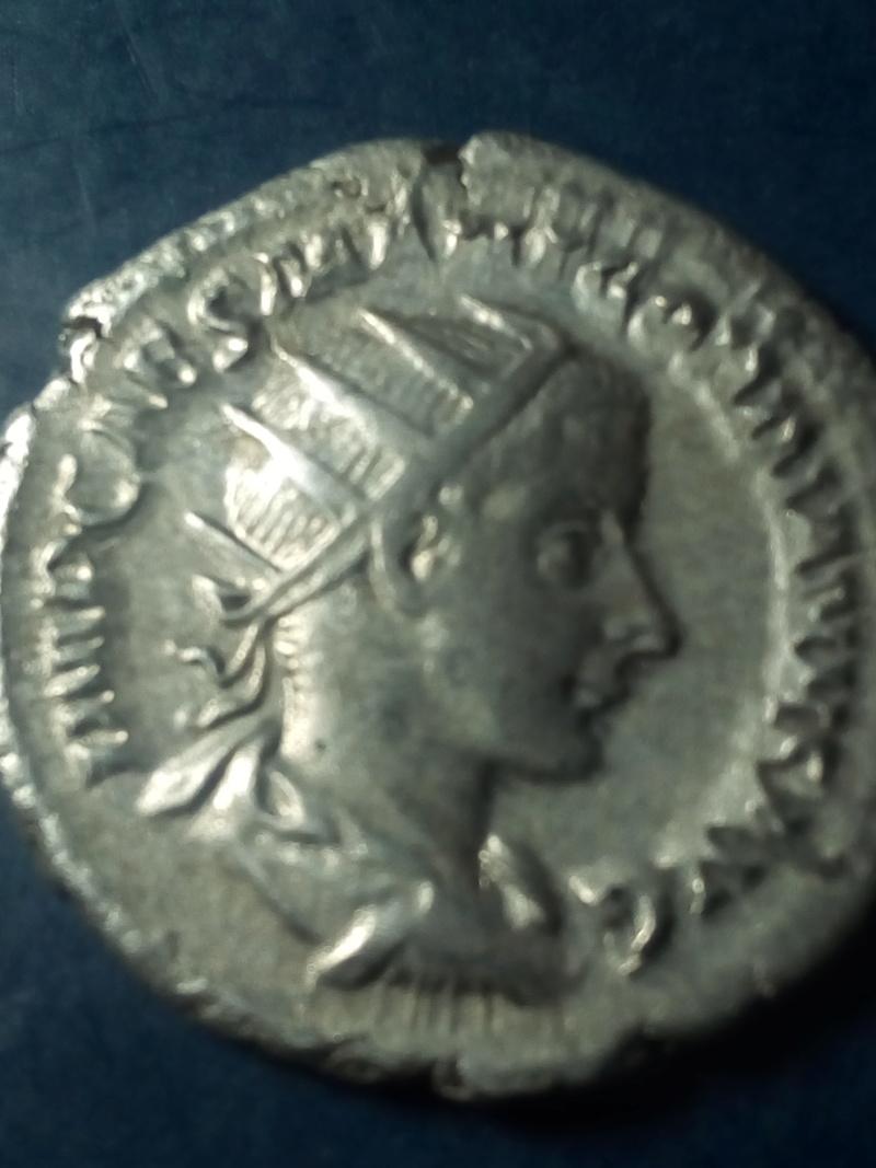 Antoniniano de Gordiano III. AEQVITAS AVG. Roma Img_2171
