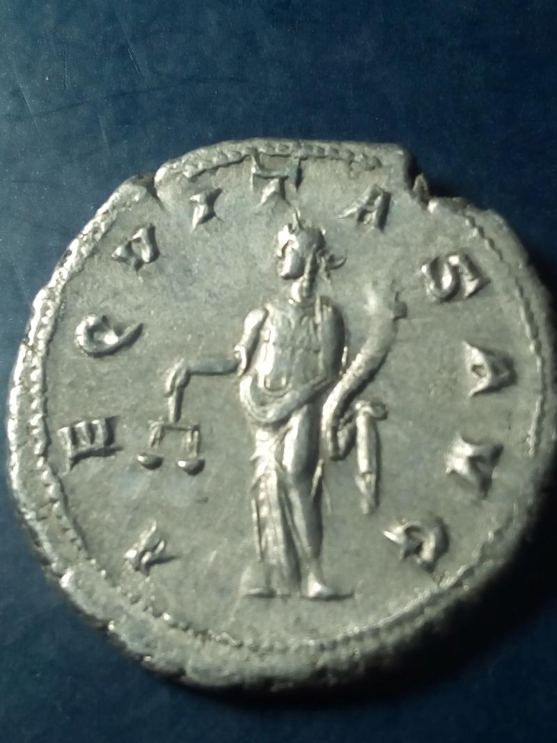 Antoniniano de Gordiano III. AEQVITAS AVG. Roma Img_2172