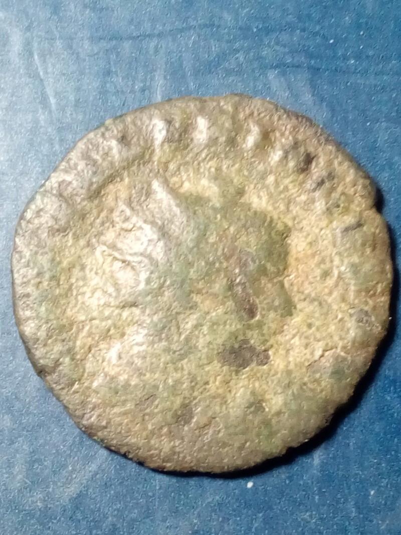 Antoniniano de Valeriano I. IOVI CONSERVAT. Júpiter estante a izq, Roma. Img_2173