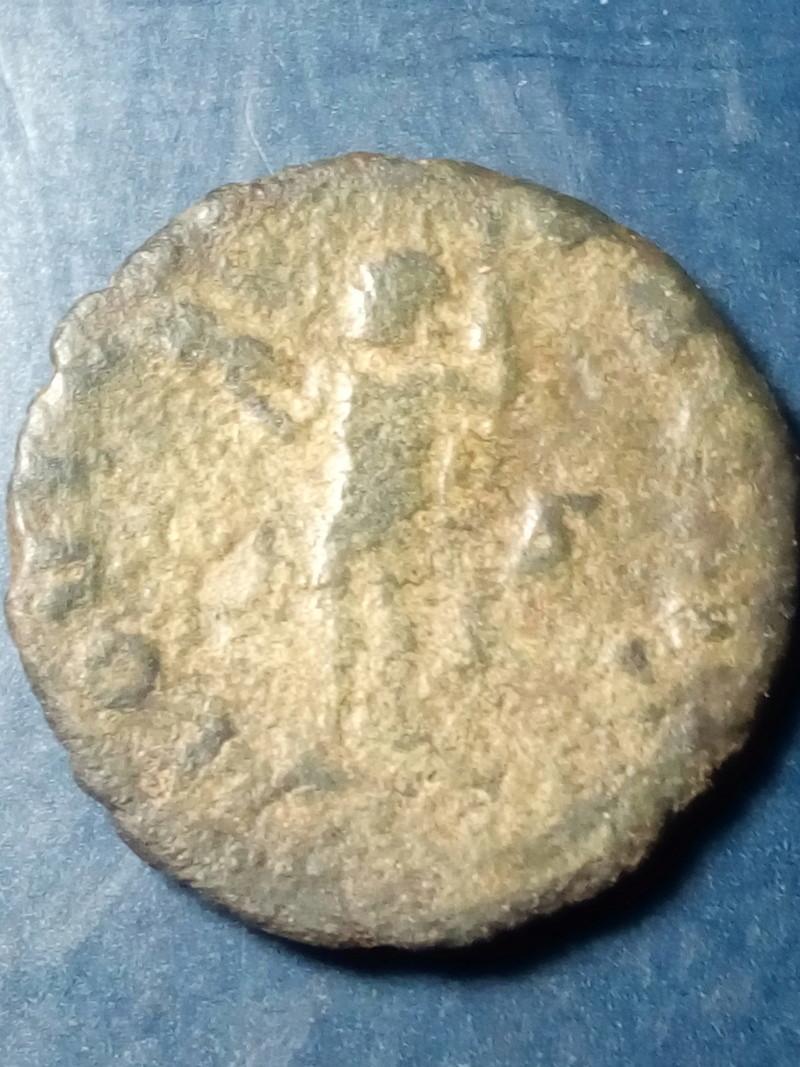 Antoniniano de Valeriano I. IOVI CONSERVAT. Júpiter estante a izq, Roma. Img_2174