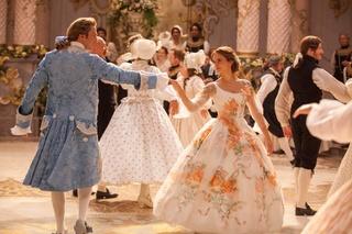 [Disney] La Belle et la Bête (2017) - Page 23 Costum33