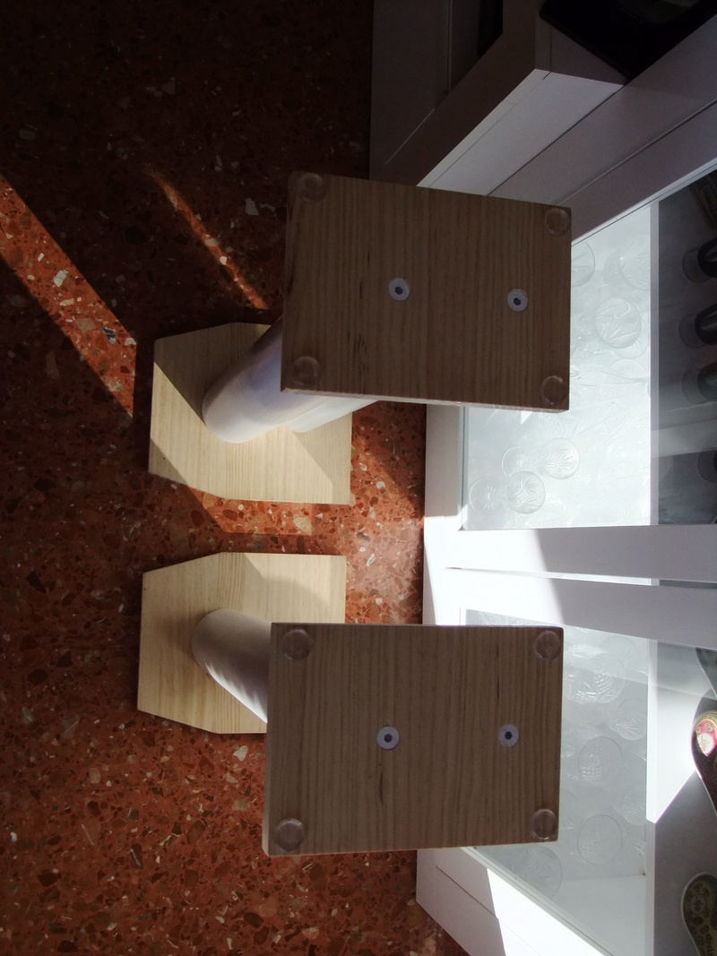 Mis soportes  de monitores hum  Dscf1315