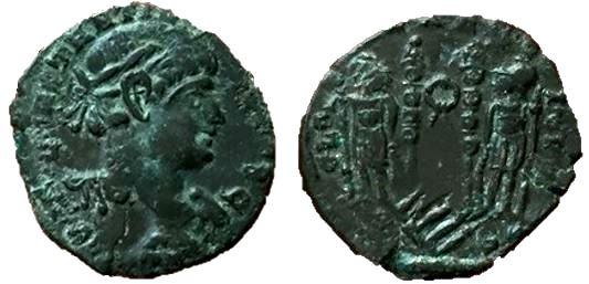 AE3 repintada de Constantino II. GLORIA EXERCITVS. Arlés Recunh11