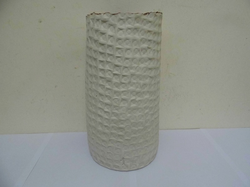 Studio pottery vase identification help needed - JM mark  P1000510