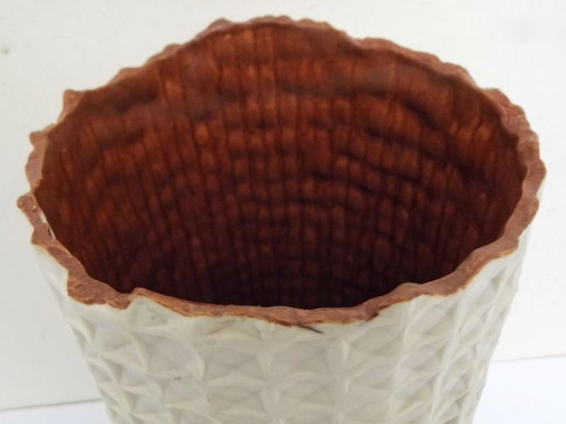 Studio pottery vase identification help needed - JM mark  P1000610