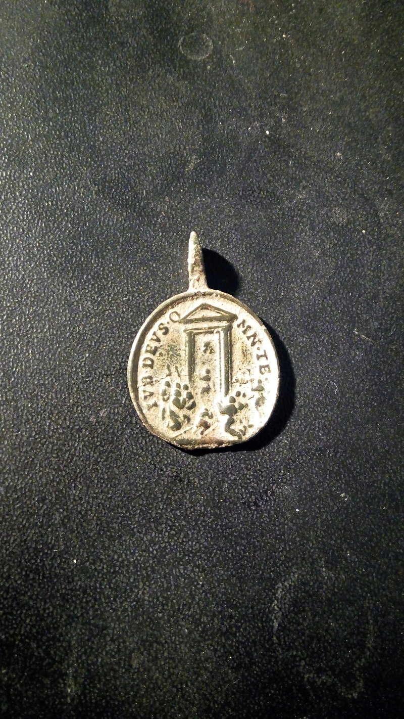 medalla a identificar Img-2011