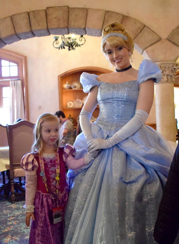 TR d'un super séjour au Disneyland Hôtel entre filles (maman et mini princesse) Dsc_0119