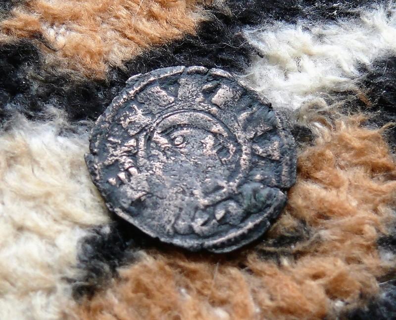 """Dinero pepión de Alfonso VIII tipo """"biempeinao"""" Anvers16"""