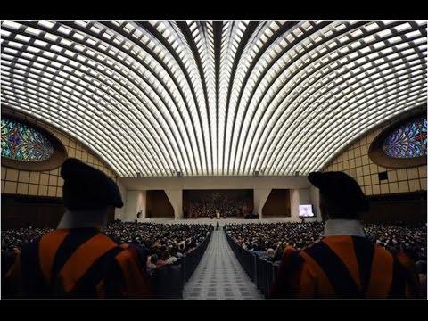 Темные секреты конференц-зала Папы Римского! 1-210