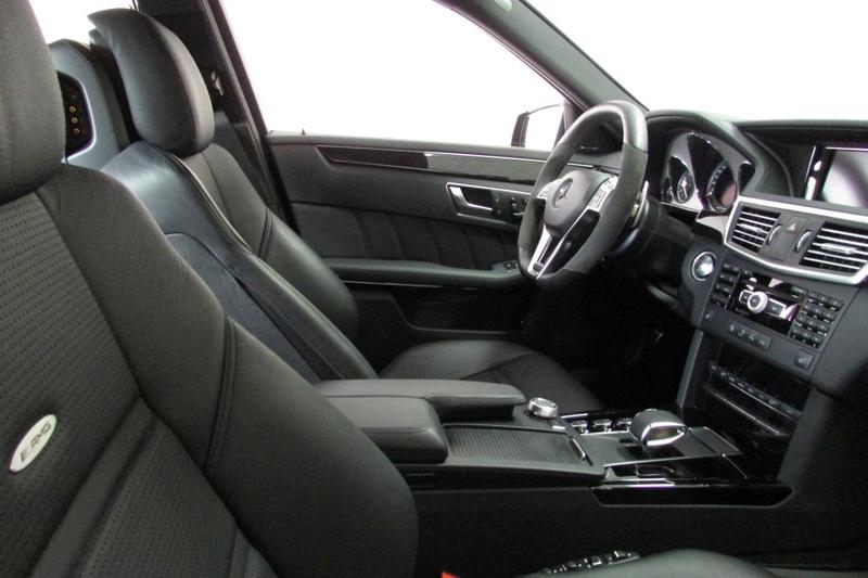 W212 E63 AMG 5.5 biturbo Performance Pack P30 R$ 267.000,00 - VENDIDO Img_3212