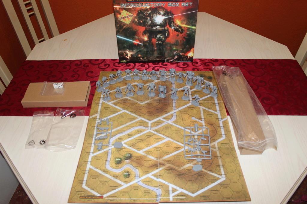 Battletech Introductory Box set y Caja Clásica (VENDIDO) Img_0418