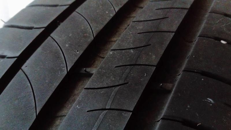 [VDS] 2 pneus Michelin  Dsc_0013