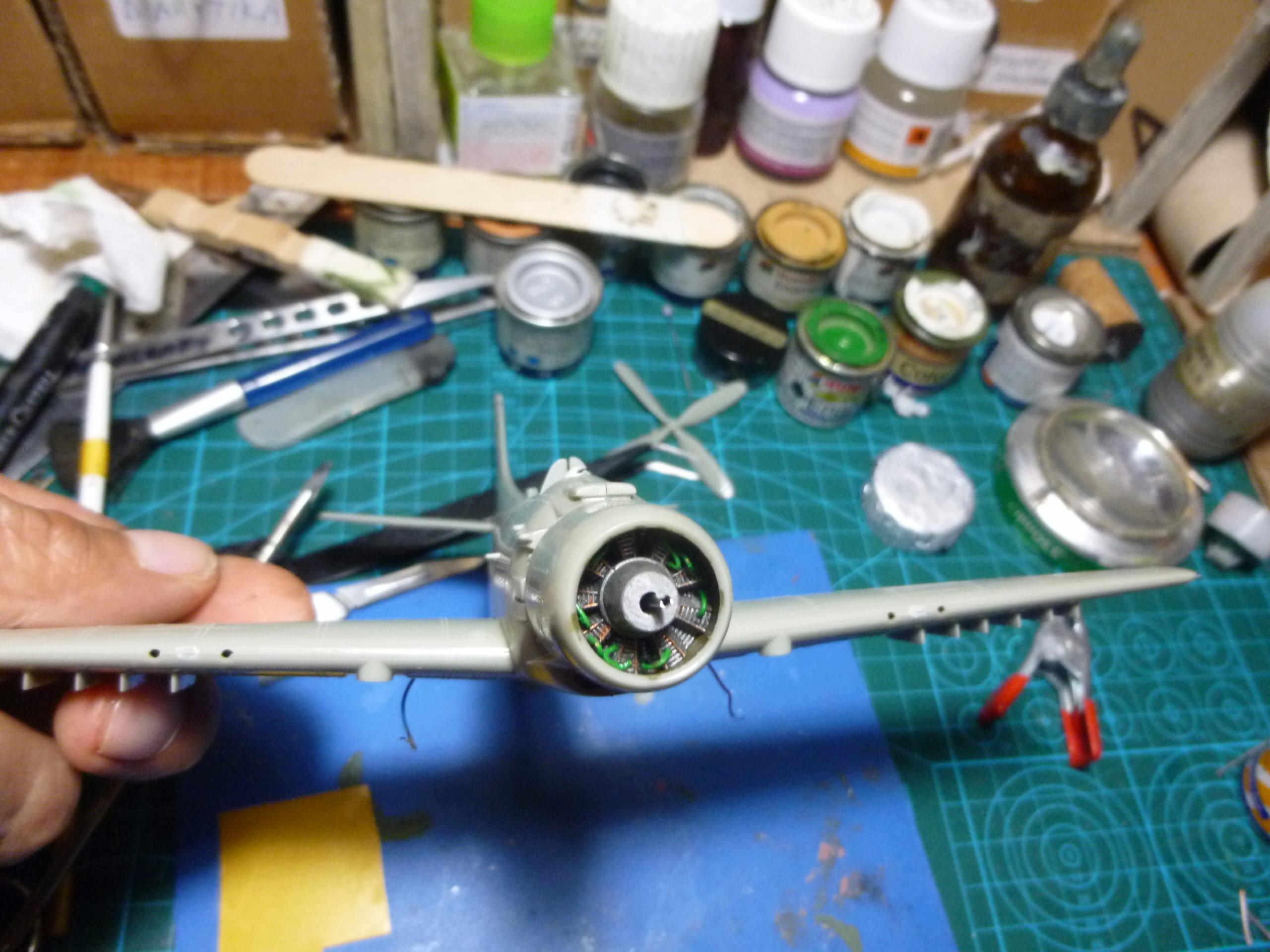 a-1h skyraider  1/72 P1030037
