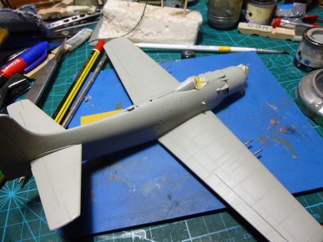 a-1h skyraider  1/72 P1030039