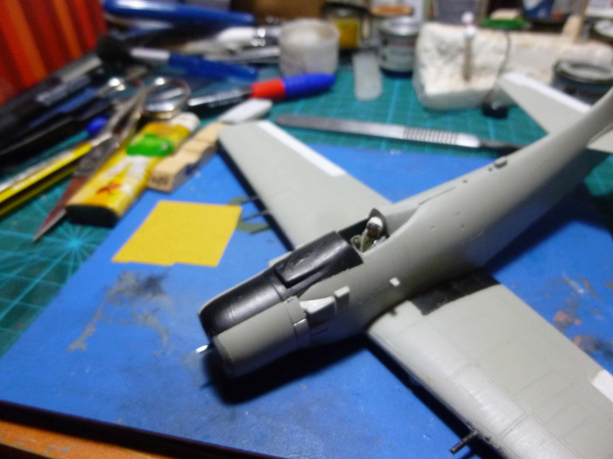 a-1h skyraider  1/72 P1030110