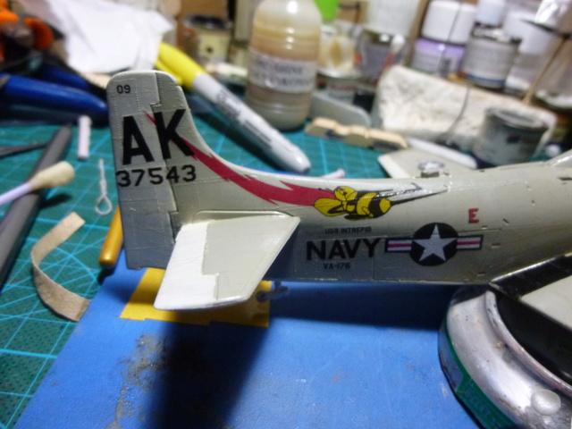 a-1h skyraider  1/72 P1030121