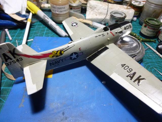 a-1h skyraider  1/72 P1030124