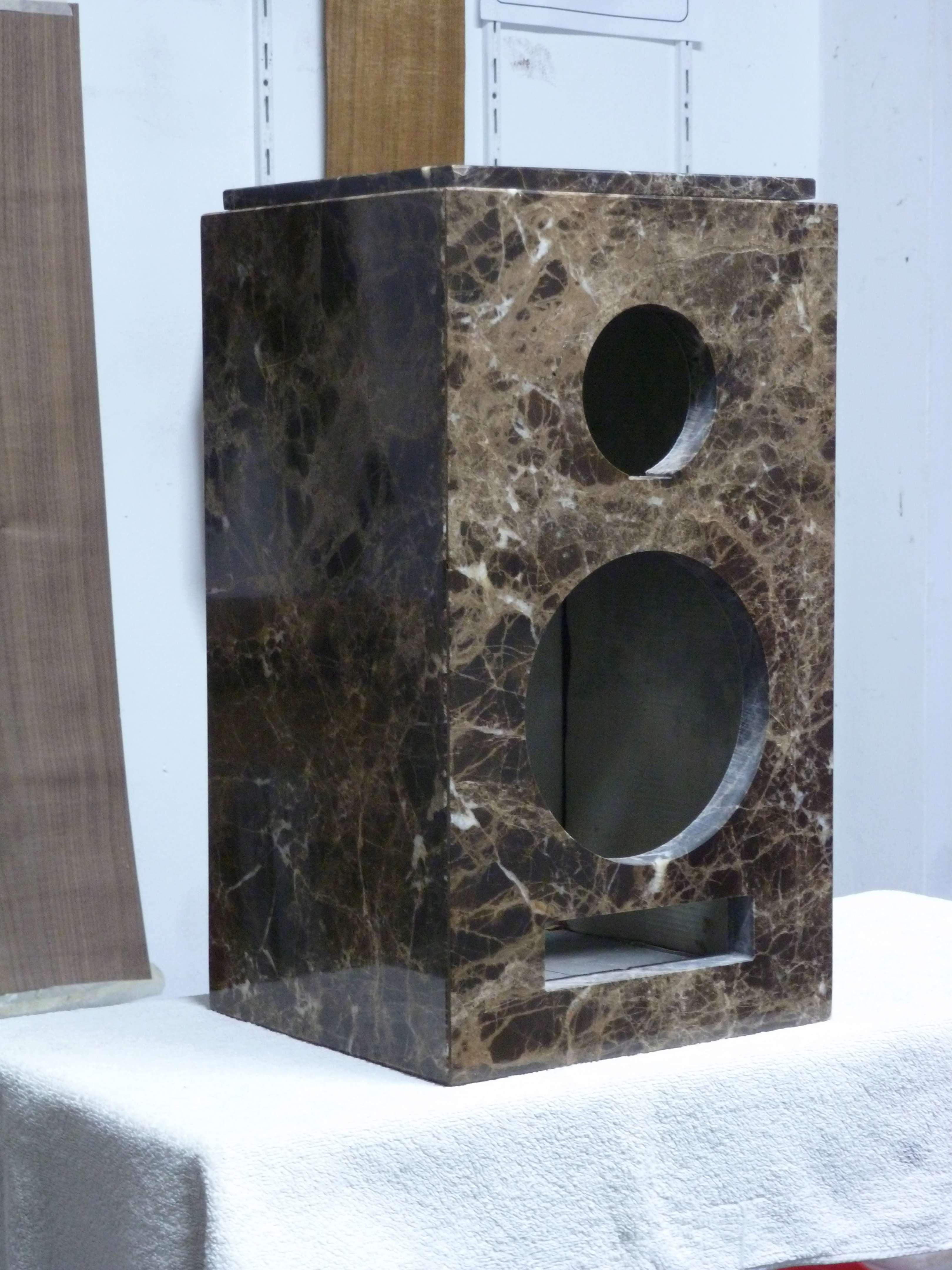 Bafles de mármol.  P1000514
