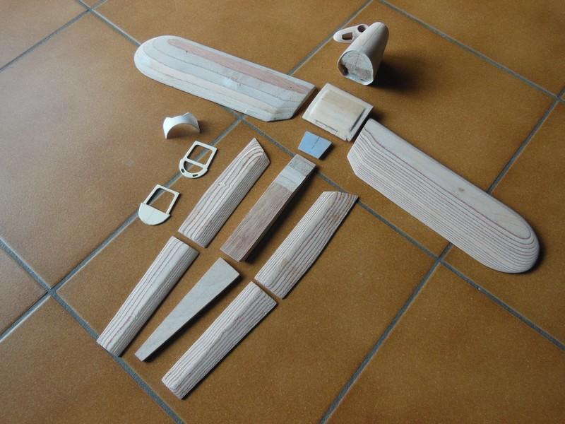 STAMPE SV4c 100% scratch en bois massif sculpté (mais pas que) au 1/15e : suite de la fabrication du moteur 0116