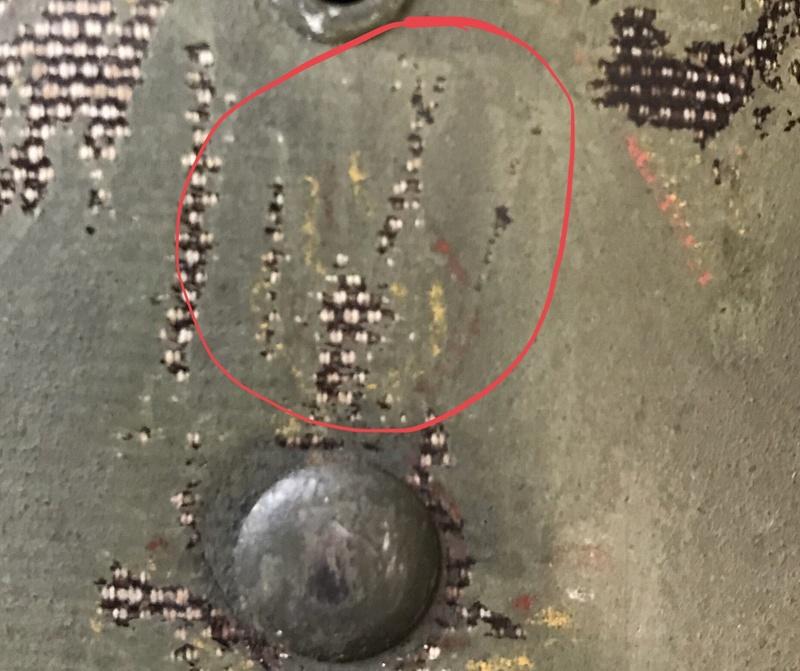 Identification insigne sur liner 1 ère armée  27286810