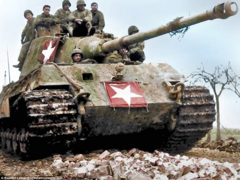 Comment simuler la boue appliquée sur un char pour le camoufler ?  Tigerm10
